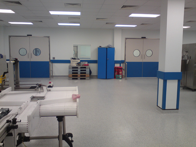 UK clean room fitters