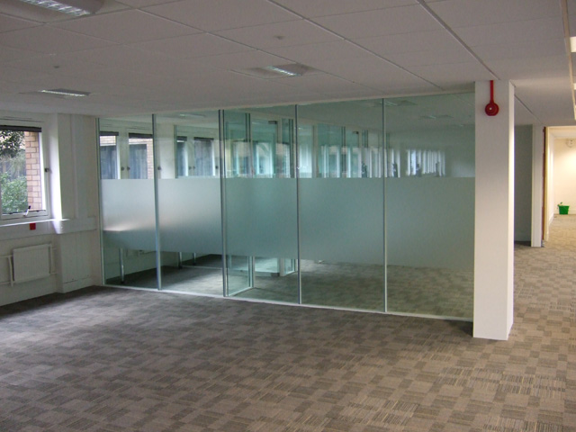 Meeting rooms with glass partitions